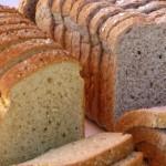ホームベーカリーで食パン膨らまない?コツを紹介、ブルーベリージャムも手作り