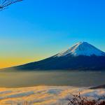 初日の出を富士山の頂から見たい!のこのこ登山に出かけたら地獄だった