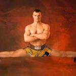 ハイキック柔軟方法、股関節の柔軟で簡単にハイキックが蹴れる