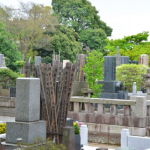 お墓を探す方法とは?探偵を使った調査は有効なのか